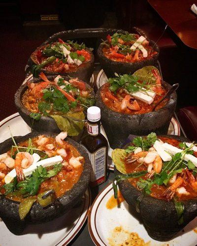 Molcajetes mexicanos en restaurante rivas vaciamadrid
