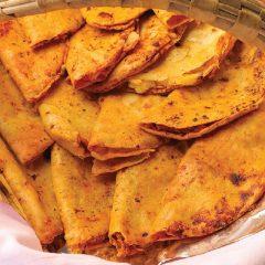 Taco de canasta con frijoles